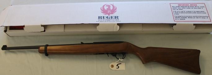 New un Box Ruger Model 10/22 .22 long cal.
