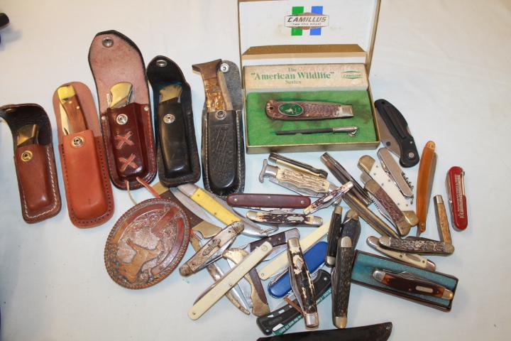 Huge collection of Pocket knives