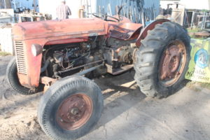 Country Farm Auction Fresno Ca. May 4th 10 am sharp @ Huge Farm Auction May 4th all kinds of goodies.