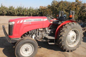 Farm Equipment Auction in Reedley Ca.  Saturday Nov. 28th at 10 am rain or shine @ Will post address Wednesday prior to sale.